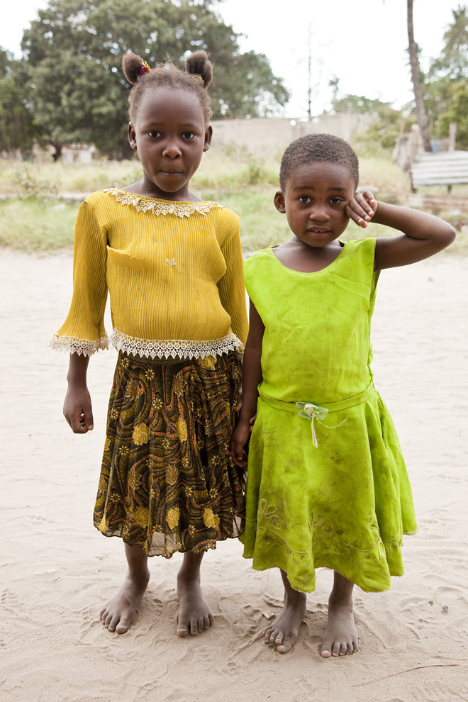anneliesd-tanzaniagirls